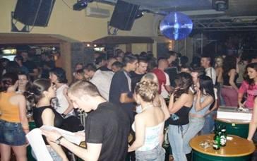 Karaoke Club Shark
